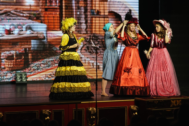 Премьера спектакля «Золушка» прошла на Ура!